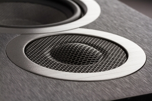ELAC Debut B5 Tweeter: 1-inch cloth dome with custom deep-spheroid waveguide
